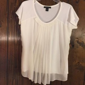 👚C'est City Cream Top - Size Large